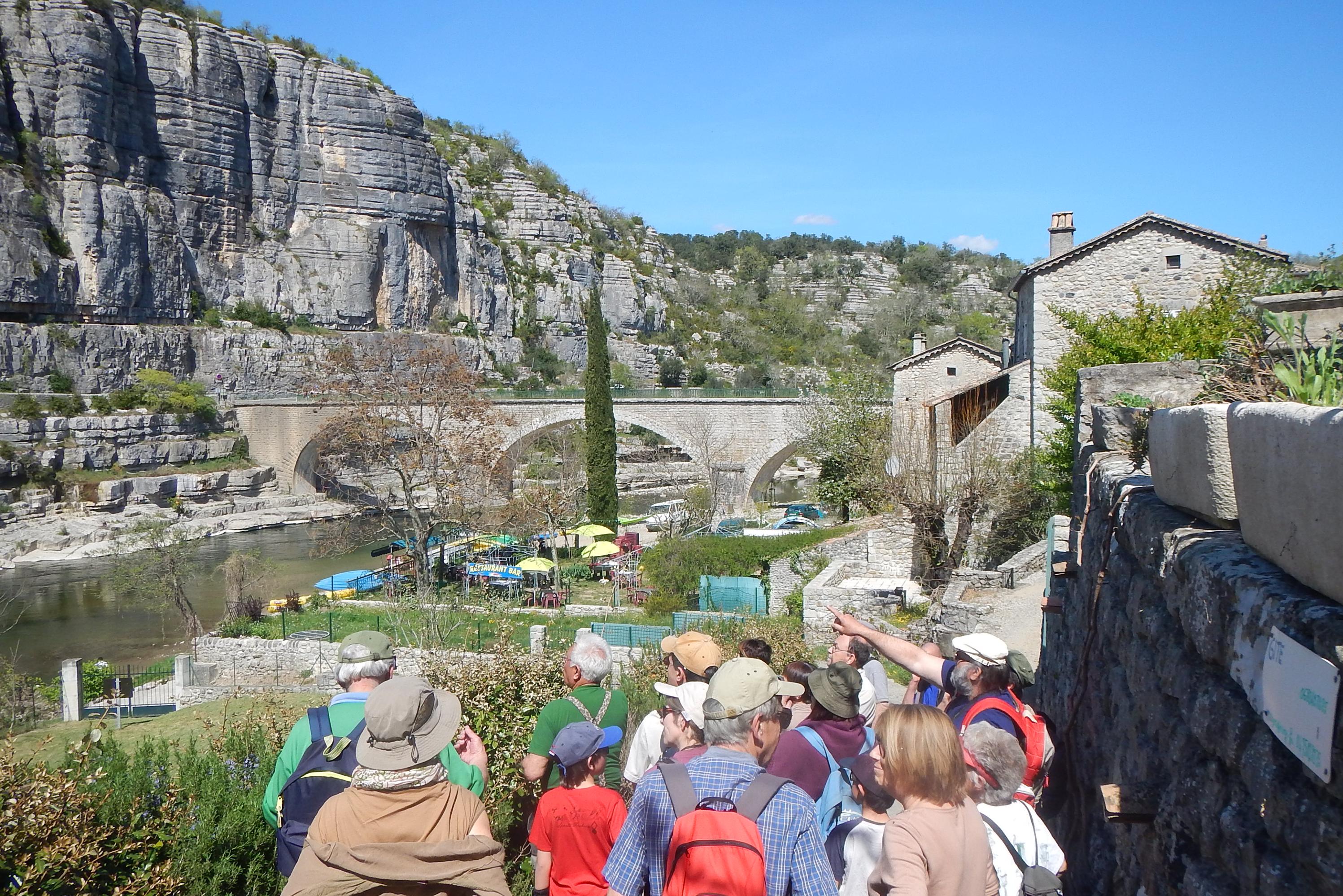 Balade à Balazuc - Muséum de l'Ardèche